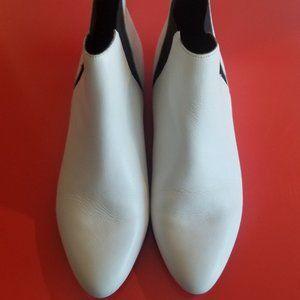 Vintage Beatnik Ankle Boots